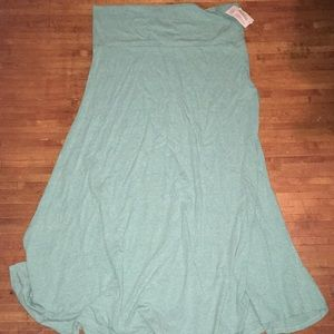 Heathered green 3x Lularoe maxi skirt